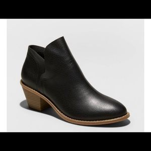 Women's Indie Faux Leather Heeled Bootie